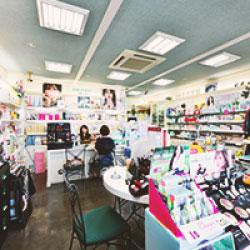 化粧品・雑貨販売